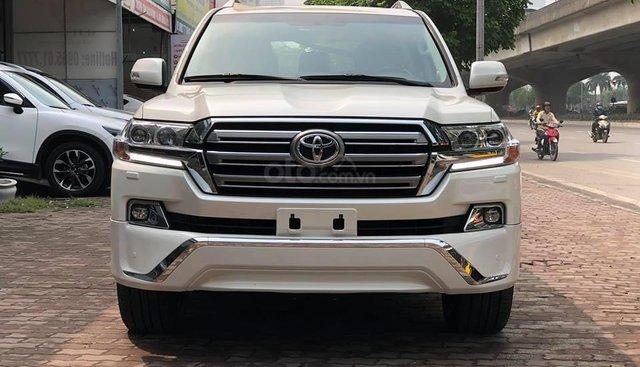 Bán Toyota Land Cruiser VX-R 4.6 2019, màu trắng, nhập Trung Đông mới 100%
