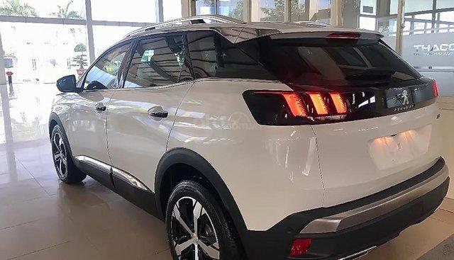 Cần bán xe Peugeot 3008 1.6 AT đời 2019, màu trắng