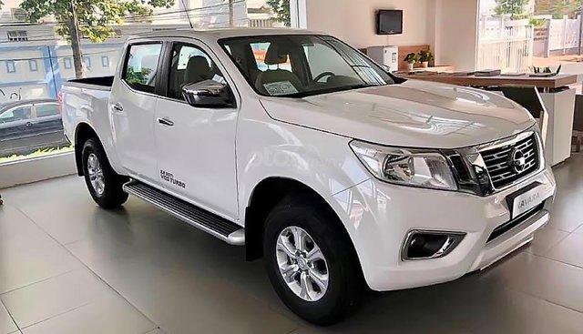 Bán Nissan Navara EL 2.5 AT 2WD 2019, màu trắng, nhập khẩu