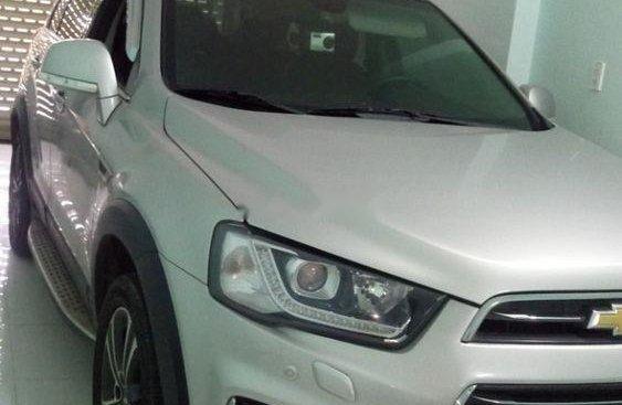 Bán ô tô Chevrolet Captiva đời 2016, màu bạc, 620tr