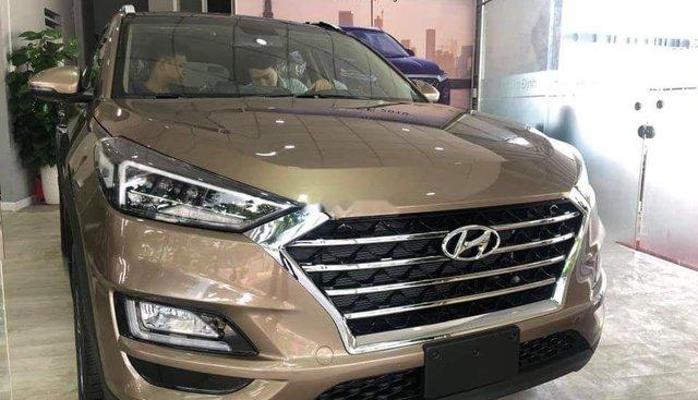 Bán Hyundai Tucson 2.0 AT đời 2019, xe mới 100%