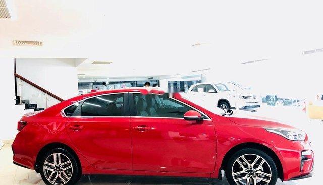 Bán Kia Cerato Deluxe năm 2019, màu đỏ