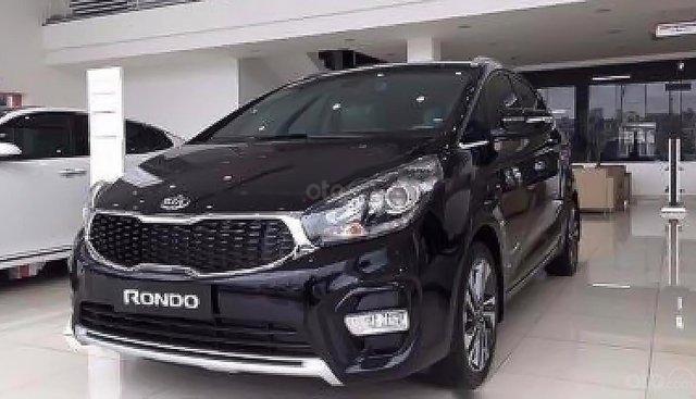 Cần bán xe Kia Rondo đời 2019, màu đen, mới 100%