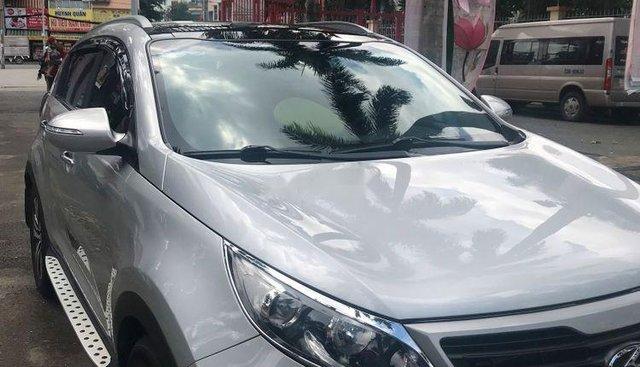 Chính chủ bán Kia Sportage đời 2010, màu bạc, nhập khẩu