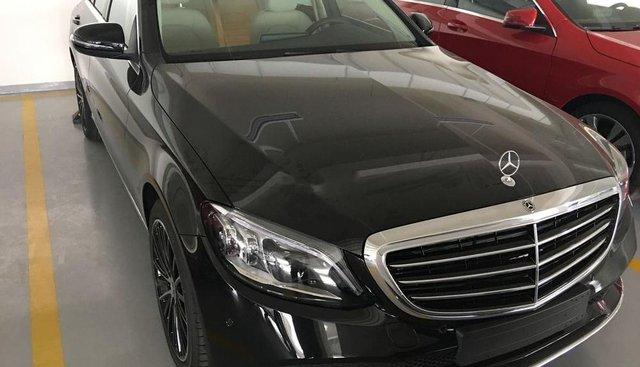 Bán xe Mercedes C200 năm sản xuất 2019, xe mới 100%