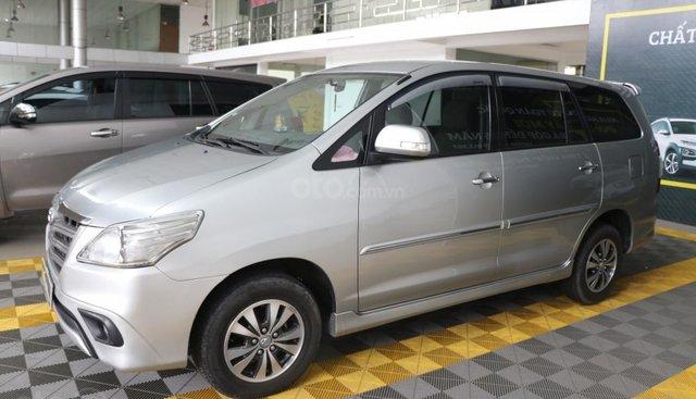 Bán xe Toyota Innova E 2.0MT đời 2016, màu bạc