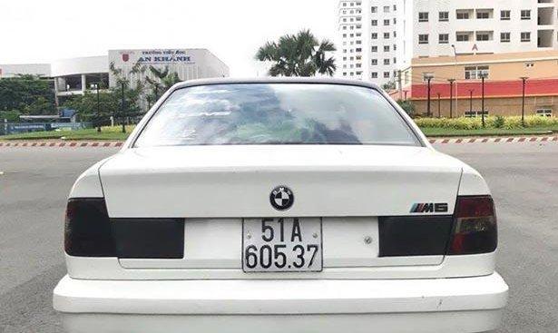 Bán ô tô BMW 5 Series 535 sản xuất năm 1990, màu trắng, nhập khẩu số tự động