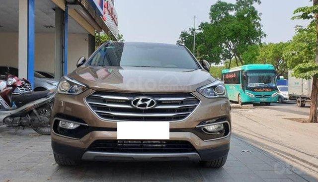 Hyundai SantaFe 2.2 4WD màu vàng, máy dầu sản xuất 2017 biển Hà Nội