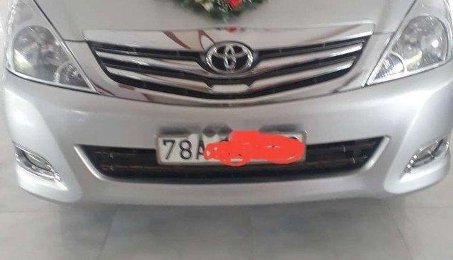 Bán Toyota Innova G sản xuất năm 2010, màu bạc, xe nhập