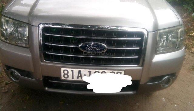 Cần bán Ford Everest đời 2008, màu hồng số tay