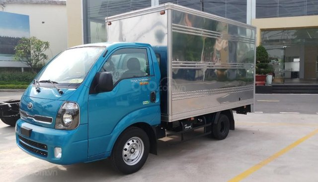 Xe tải Kia K200 thùng kín động cơ Hyundai Hàn Quốc