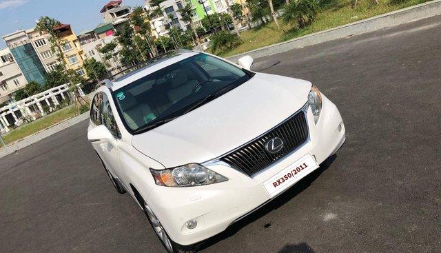 Cần bán Lexus RX 350 sản xuất 2011, màu trắng, nhập khẩu