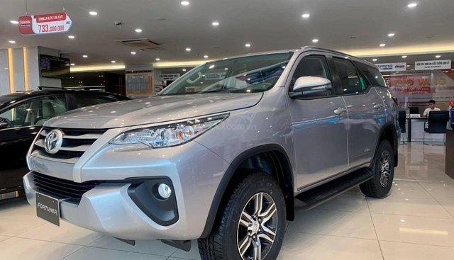 Toyota Fortuner 2019 máy dầu, giảm giá hơn 70 triệu đồng - LH 0898616866