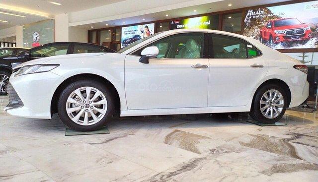 Toyota Camry 2019 nhập khẩu thái giảm giá 25 triệu xe sẵn giao xe ngay - LH 0898616866