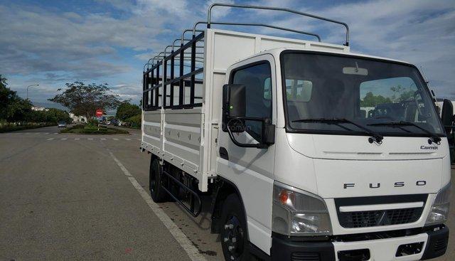 Xe tải Mitsubishi Fuso Canter 4.99 thùng mui bạt 2,1 tấn