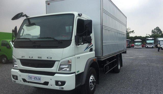 Xe tải Misubishi Fuso Canter 10.4r thùng kín - 5.75 tấn mới