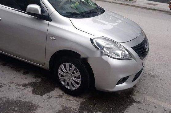 Bán Nissan Sunny sản xuất 2014, màu bạc, nhập khẩu