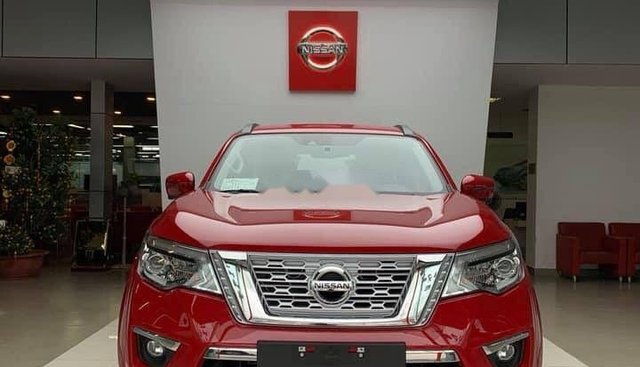 Bán xe Nissan X Terra năm 2018, màu đỏ, nhập khẩu