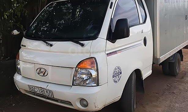 Cần bán Hyundai Porter sản xuất năm 2009, màu trắng, nhập khẩu nguyên chiếc, chính chủ