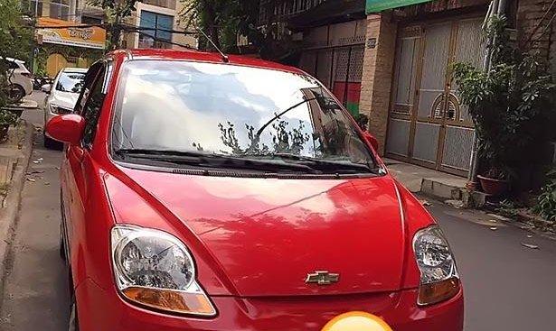 Cần bán gấp Chevrolet Spark Lite Van 0.8 MT sản xuất 2015, màu đỏ chính chủ