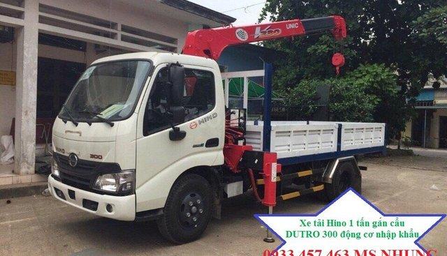 Bán xe Hino XZU xe cẩu 1T tải trọng có cẩu kích thước thùng 3m9 năm 2019, giá 850tr