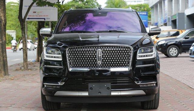 Bán xe Lincoln Navigator Black Label L năm 2019, màu đen, nhập Mỹ mới 100%