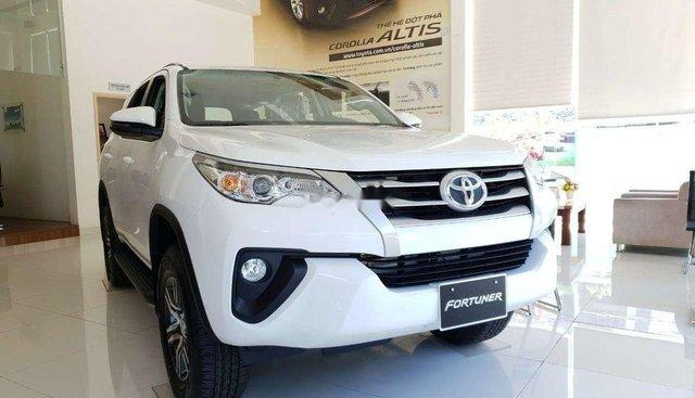 Bán Toyota Fortuner 2.4G 2019, máy dầu, đủ màu, giao ngay