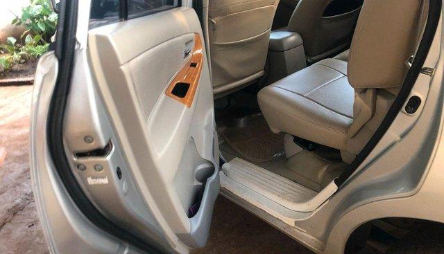Bán xe Toyota Innova G sản xuất 2010 chính chủ, giá 398tr