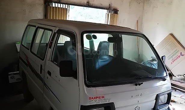 Cần bán xe Suzuki Super Carry Van Window Van năm sản xuất 2002, màu trắng