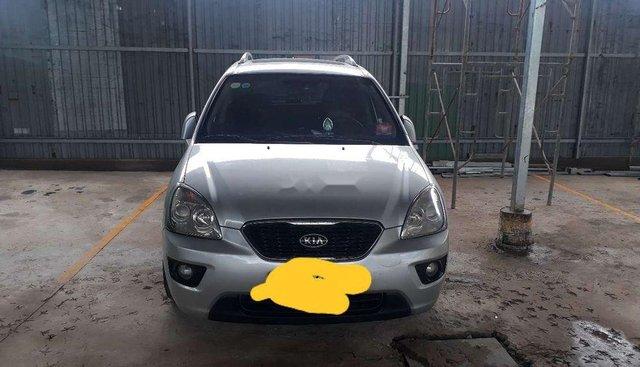 Chính chủ bán ô tô Kia Carens đời 2011, màu bạc