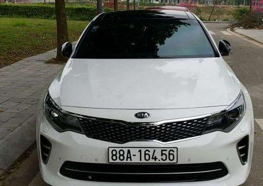 Cần bán Kia K5 đời 2017, màu trắng, nhập khẩu, xe đẹp long lanh
