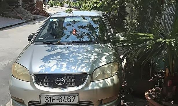 Cần bán Toyota Vios sản xuất năm 2005, nhập khẩu, giá tốt