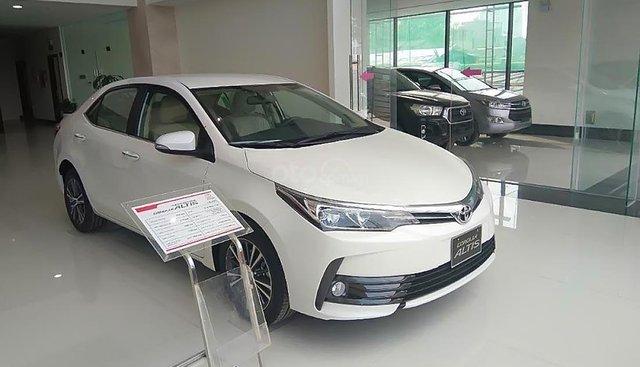 Bán Toyota Corolla altis 1.8G AT đời 2019, màu trắng