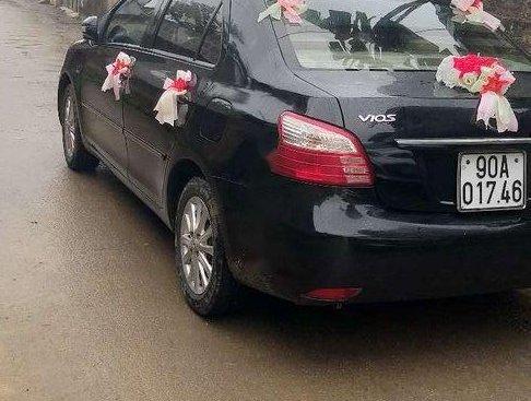 Gia đình bán xe Toyota Vios 2011, màu đen, nhập khẩu