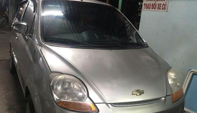 Cần bán xe Chevrolet Spark đời 2011, màu bạc, nhập khẩu