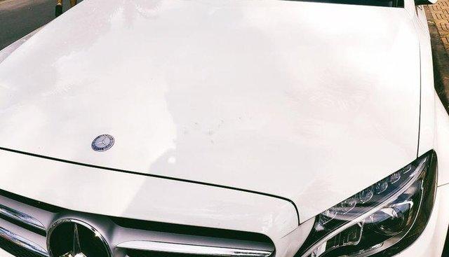 Bán xe Mercedes C200 sản xuất 2016, màu trắng, xe nhập