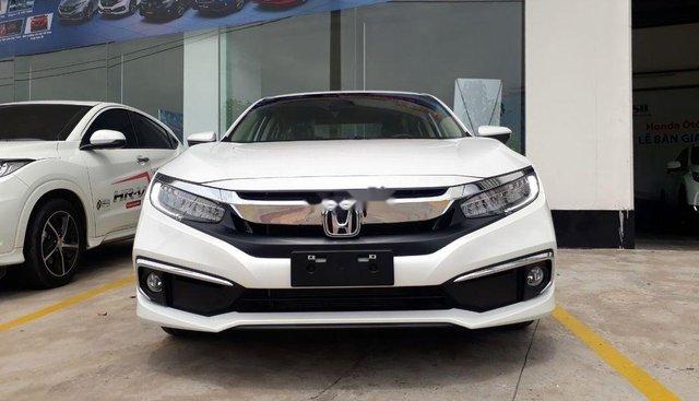 Bán Honda Civic sản xuất năm 2019, màu trắng, nhập khẩu