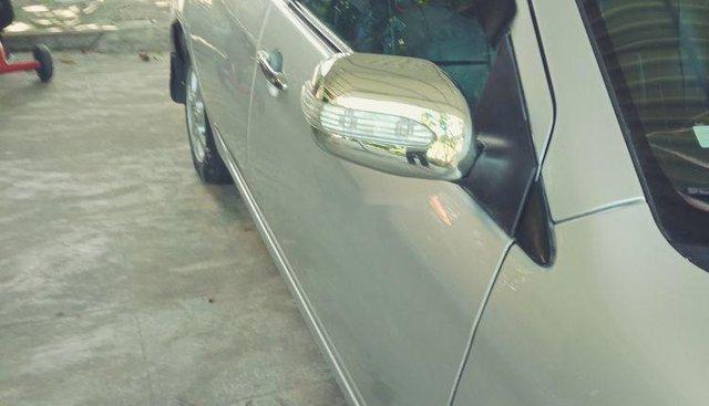 Bán Toyota Vios 2006, màu bạc, không cấn đụng