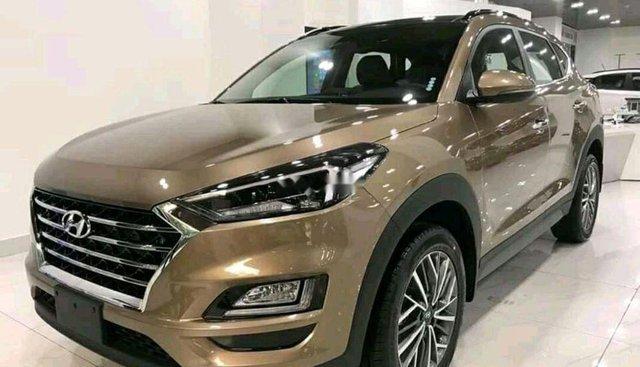 Cần bán xe Hyundai Tucson 2019, màu nâu