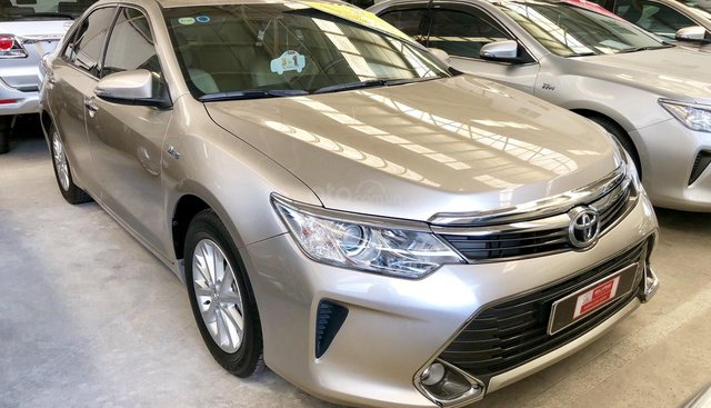 Toyota chính hãng- Camry 2.0E- hỗ trợ (chi phí + thủ tục) sang tên