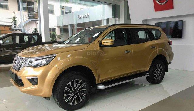 Nissan Terra V (2 cầu AT) Full Option giảm 110 triệu, hỗ trợ vay 80%