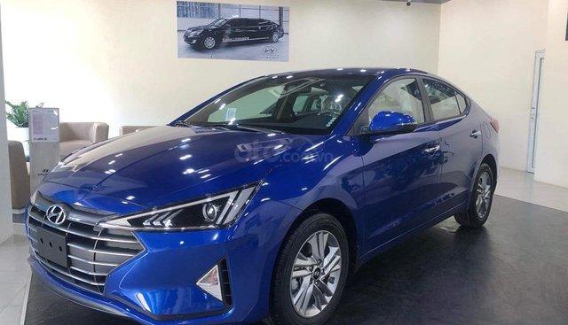 Bán Hyundai Elantra xanh dương 2019 - đủ màu, tặng 10-15 triệu nhiều ưu đãi - LH: 0964898932