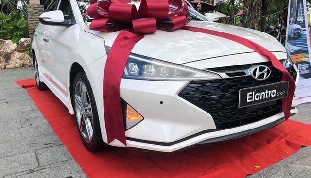 Bán xe Hyundai Elantra 2019