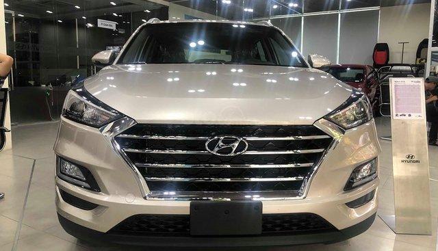Bán Hyundai Tucson 2.0 vàng be tiêu chuẩn 2019 - đủ màu, tặng 10-15 triệu - nhiều ưu đãi. LH: 0964898932