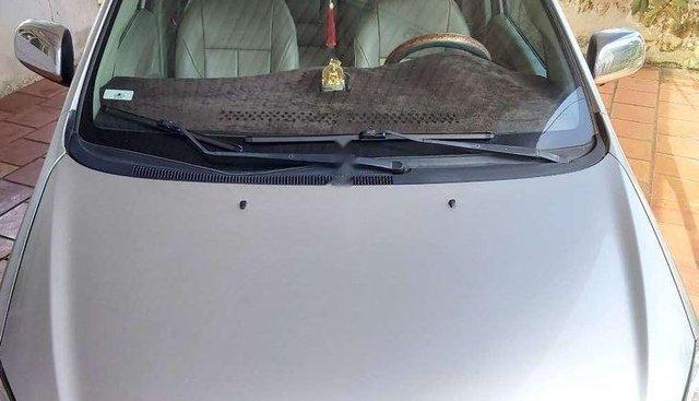 Gia đình bán Toyota Innova G đời 2011, màu bạc, xe nhập