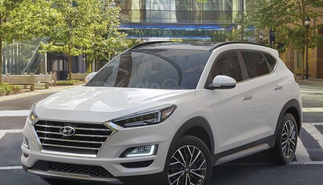 Bán xe Hyundai Tucson Facelif 2019, màu trắng xe giao ngay