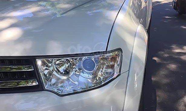 Cần bán lại xe Mitsubishi Pajero Sport sản xuất 2017, màu trắng số sàn