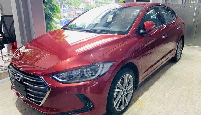 Bán ô tô Hyundai Elantra đời 2019, màu đỏ, 635tr