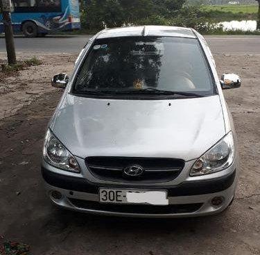 Cần bán Hyundai Getz năm 2010, màu bạc