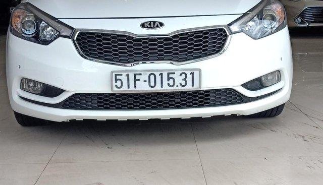 Cần bán Kia K3 2.0AT sản xuất 2014, màu trắng, giá 490tr